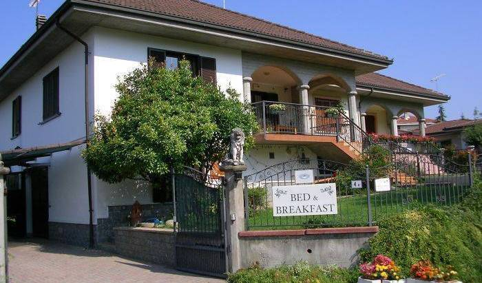 Villa Romaniani - Search available rooms for hotel and hostel reservations in Villaromagnano, hotel bookings 15 photos
