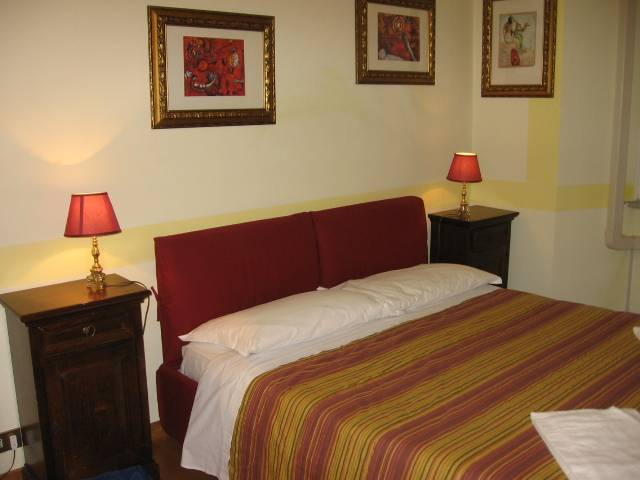 Flaminia Guest House, Rome, Italy, Italy hostels and hotels