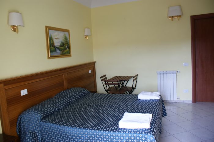 Guest House Fanti, Rome, Italy, what are the safest areas or neighborhoods for hotels in Rome