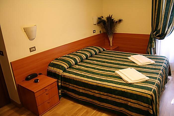 Hotel Bogart, Milan, Italy, Italy hotels and hostels