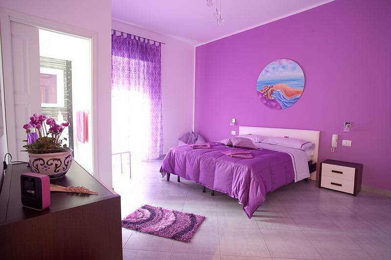 L'angolo di Laura, Trapani, Italy, backpackers hostels hiking and camping in Trapani
