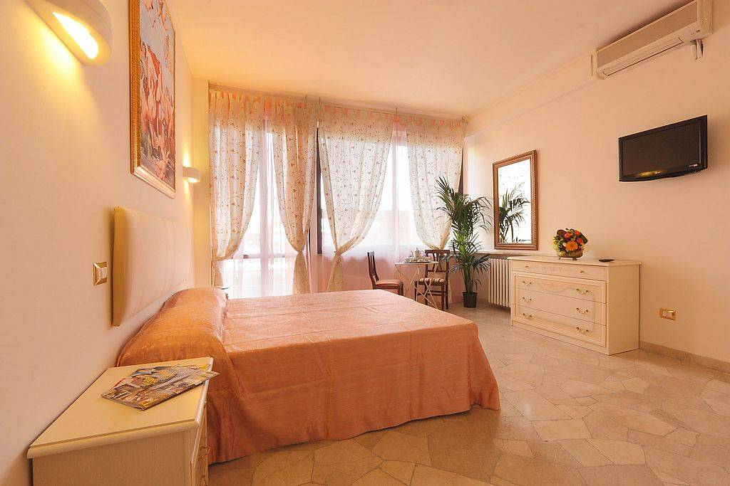 Monna Clara, Florence, Italy, Italy hotels and hostels