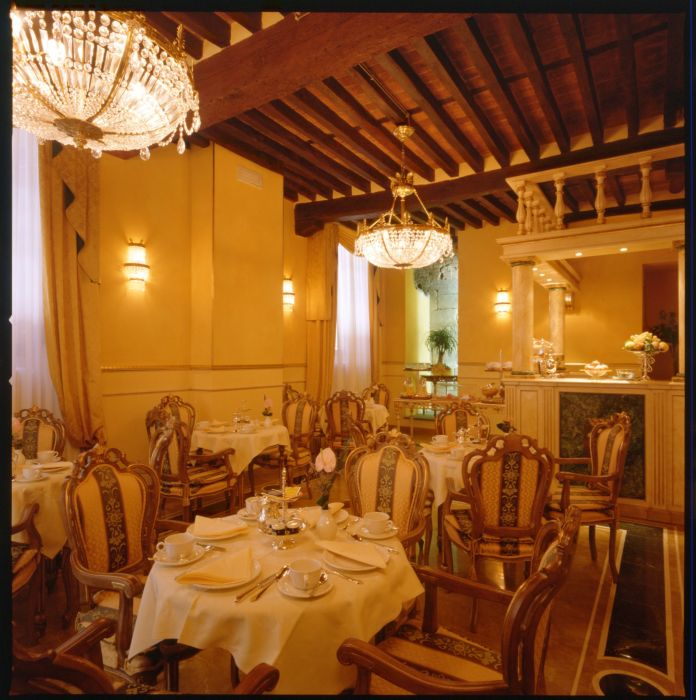 Palazzo Alexander, Lucca, Italy, hotels for the festivals in Lucca