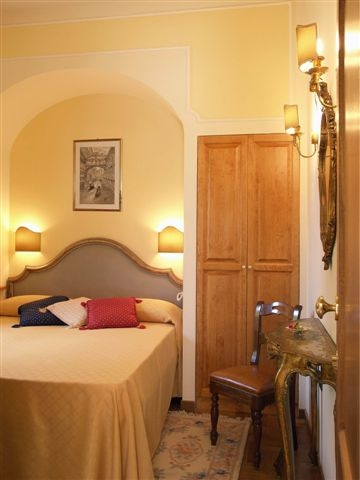 Petit Chateau B and B, Montecatini Terme, Italy, hotels with ocean view rooms in Montecatini Terme