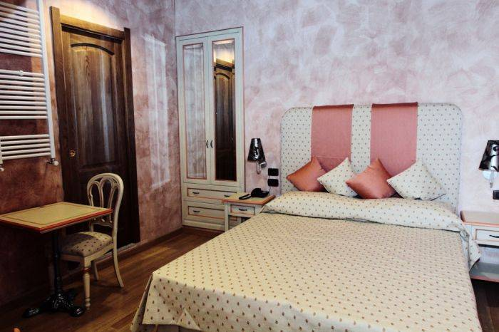 Rhona's Rooms Bed and Breakfast, Rome, Italy, Italy hotels and hostels