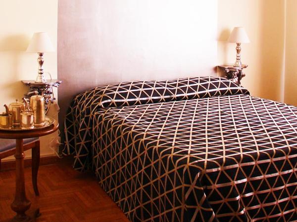 Trastevere Guest House, Rome, Italy, famous landmarks near hostels in Rome