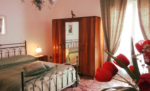 Villa Pollio, Sorrento, Italy, join the hotel club, book with Instant World Booking in Sorrento