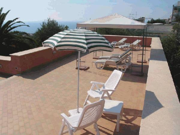 Villino Castellano Apartments, Sorrento, Italy, how to choose a hotel or hostel in Sorrento