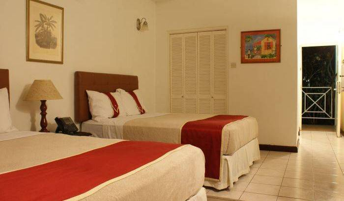 Altamont Court - Search available rooms for hotel and hostel reservations in Kingston 22 photos