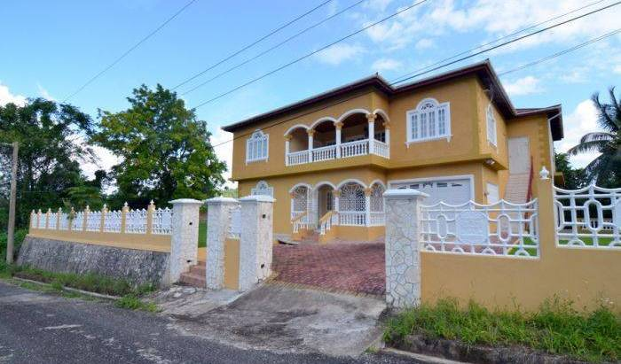 Rio Villa Guest House - Get low hotel rates and check availability in Saint Margaret's Bay 18 photos