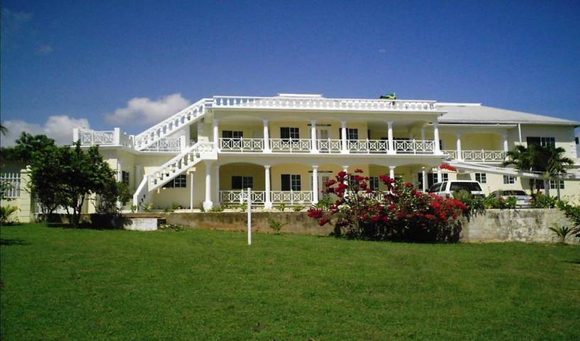 Southview Hotel - Search for free rooms and guaranteed low rates in Treasure Beach 6 photos