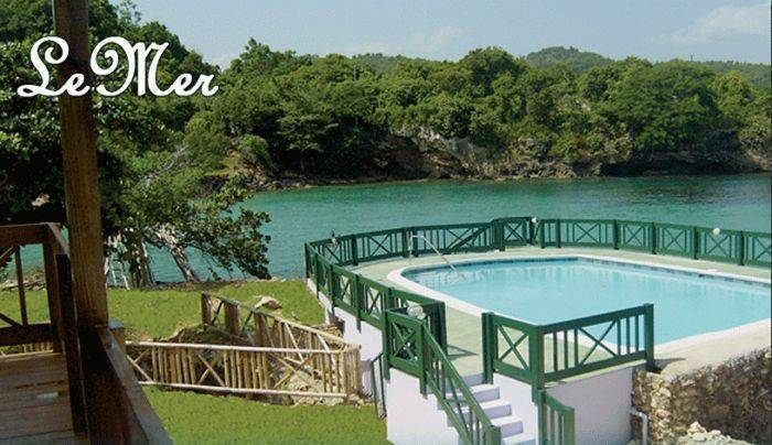 Lemer Luxury Villas, Lances Bay, Jamaica, stay in a hotel and meet the real world, not a tourist brochure in Lances Bay