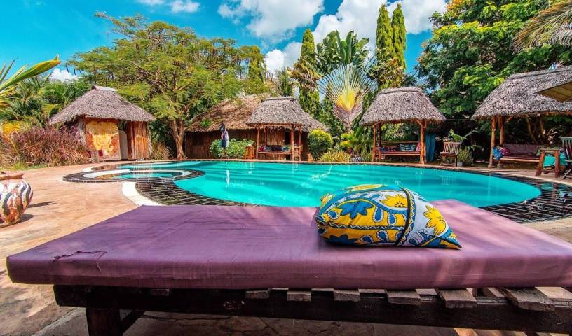 Diani Backpackers, holiday reservations 19 photos