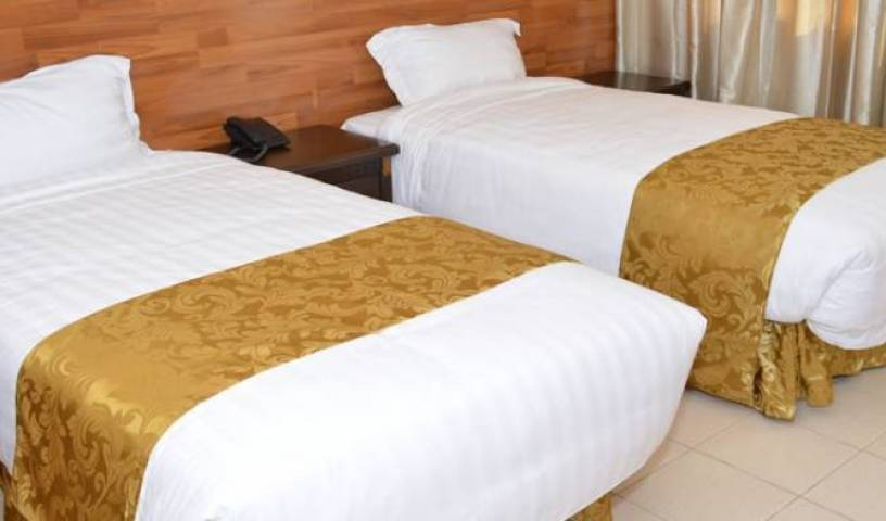 Peacock Inn - Search for free rooms and guaranteed low rates in Nairobi South 6 photos