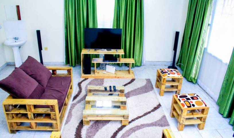 Viba Pallet House - Get low hotel rates and check availability in Kisumu 4 photos