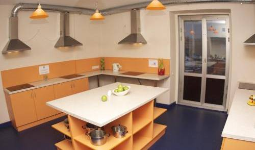 Green Apple - Search for free rooms and guaranteed low rates in Vecriga 6 photos