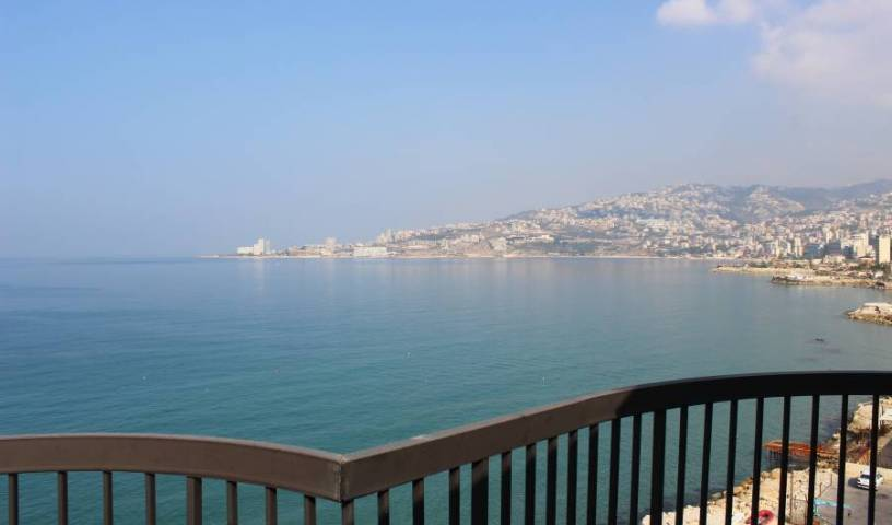 Holiday Suites Hotel and Beach Resort - Search for free rooms and guaranteed low rates in Jounieh 15 photos