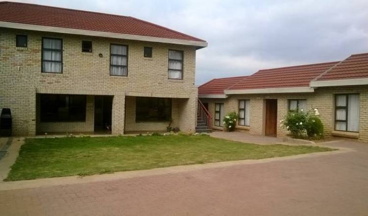 Motlejoa Guest House - Search for free rooms and guaranteed low rates in Butha-Buthe 2 photos