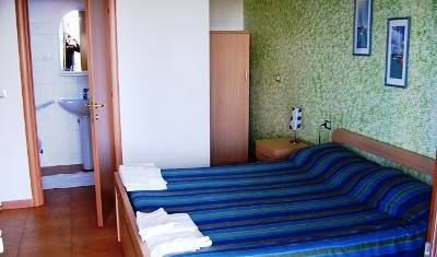 Parlament Guesthouse - Get low hotel rates and check availability in Vilnius, cheap hotels 5 photos