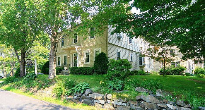 1802 House Inn, Kennebunk, Maine, Maine hotels and hostels