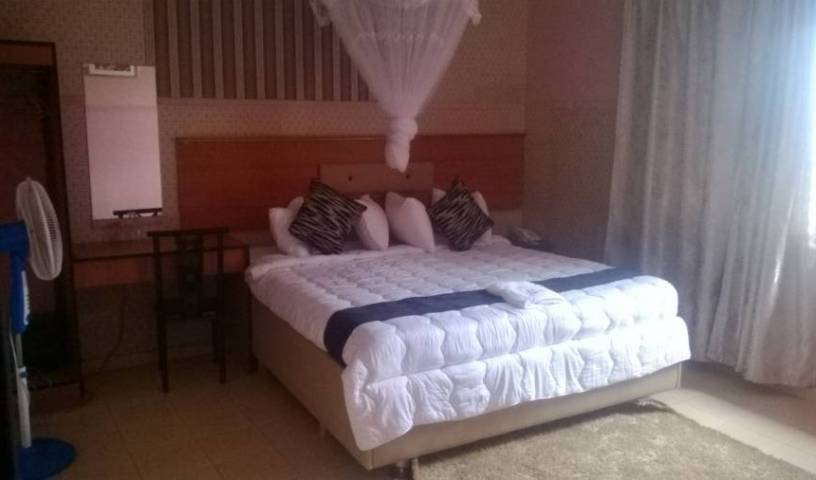 Hunters Lodge - Search available rooms for hotel and hostel reservations in Lilongwe, last minute bookings available at hotels 22 photos