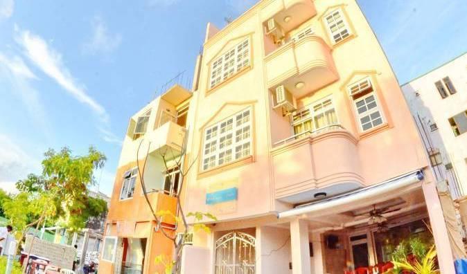 Alaya Inn - Tìm phòng sẵn có cho đặt phòng khách sạn và nhà nghỉ tại Funadhoo 10 ảnh