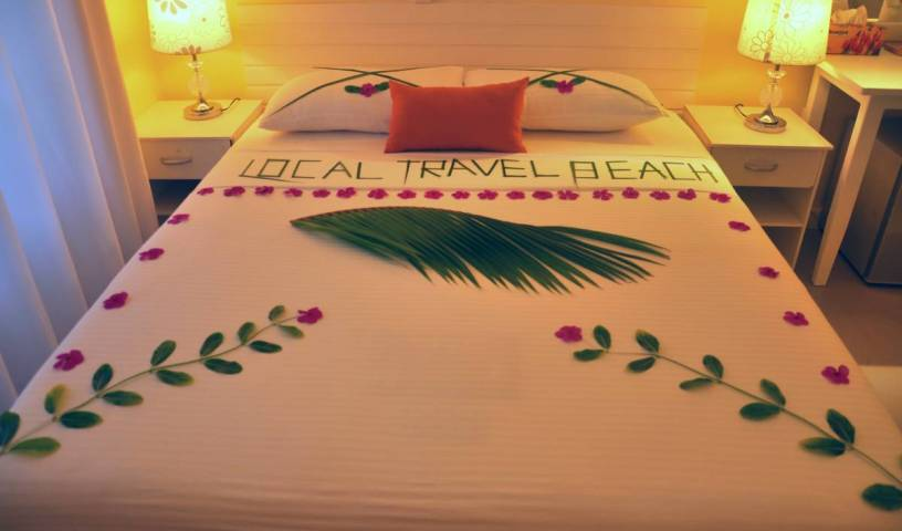 Local Travel Beach - Get low hotel rates and check availability in Midu, first class hotels in Alifu Atholhu, Maldives 4 photos