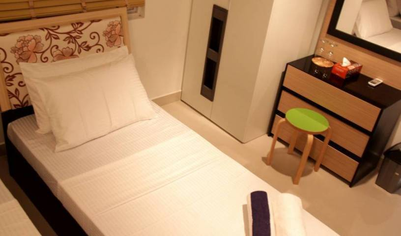 Shellbreeze Inn - Get low hotel rates and check availability in Bodubados 87 photos