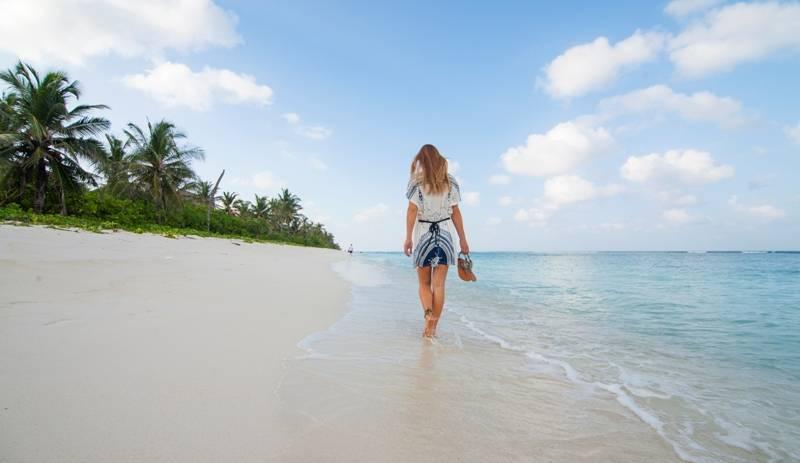 Crystal Beach Inn, Vihamanaafushi, Maldives, Maldives hostels and hotels