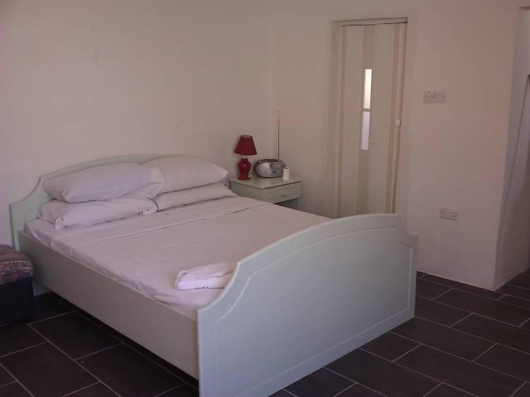 Boito, Birkirkara, Malta, alternative hotels, hostels and B&Bs in Birkirkara