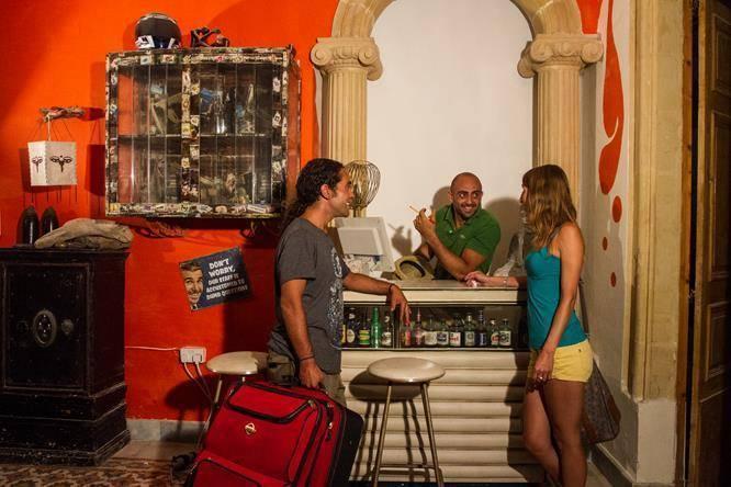Hostel Jones, Sliema, Malta, Malta hotels and hostels
