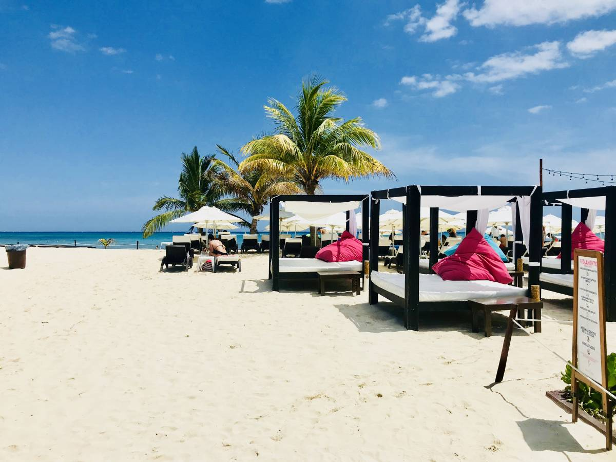 Aquamarina Suites, Playa del Carmen, Mexico, tips for traveling abroad and staying in foreign hotels in Playa del Carmen