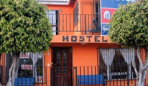 Ensenada Backpacker - Search available rooms for hotel and hostel reservations in Ensenada 9 photos