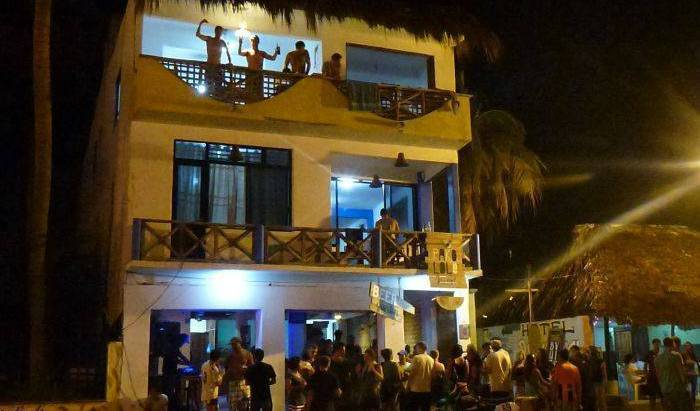 Hotel Hostel Pakololo - Get low hotel rates and check availability in Puerto Escondido 12 photos