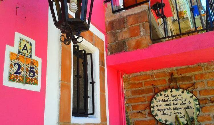 La Casa De Dante - Search available rooms for hotel and hostel reservations in Guanajuato, hostels, backpacking, budget accommodation, cheap lodgings, bookings 18 photos