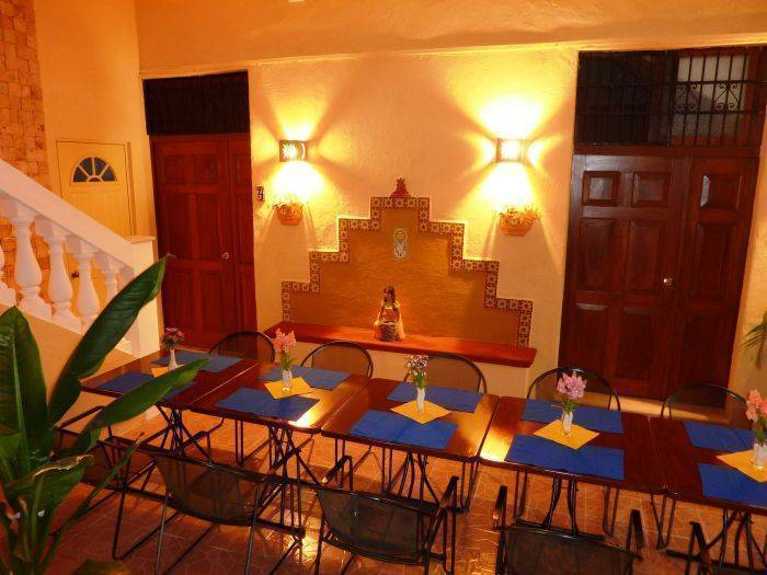 Hotel del Peregrino, Merida, Mexico, hotels near tours and celebrities homes in Merida
