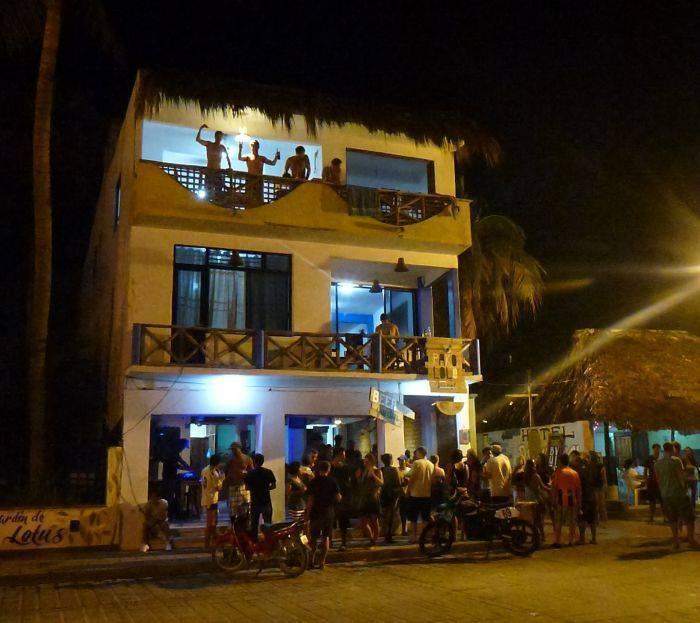 Hotel Hostel Pakololo, Puerto Escondido, Mexico, Mexico hotels and hostels