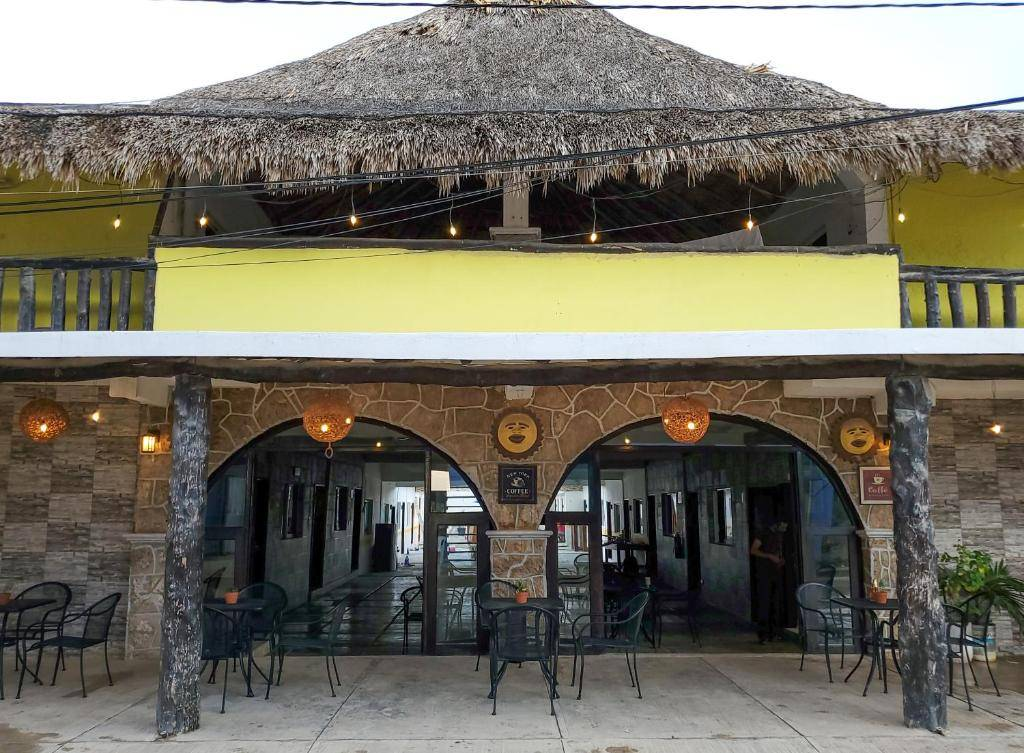 Hotel Puerta del Sol, Chiquila, Mexico, best trips and travel vacations in Chiquila