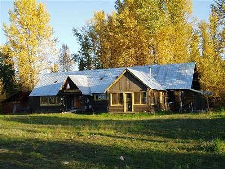 North Fork Hostel and Square Peg Ranch, Polebridge, Montana, Montana hotels and hostels