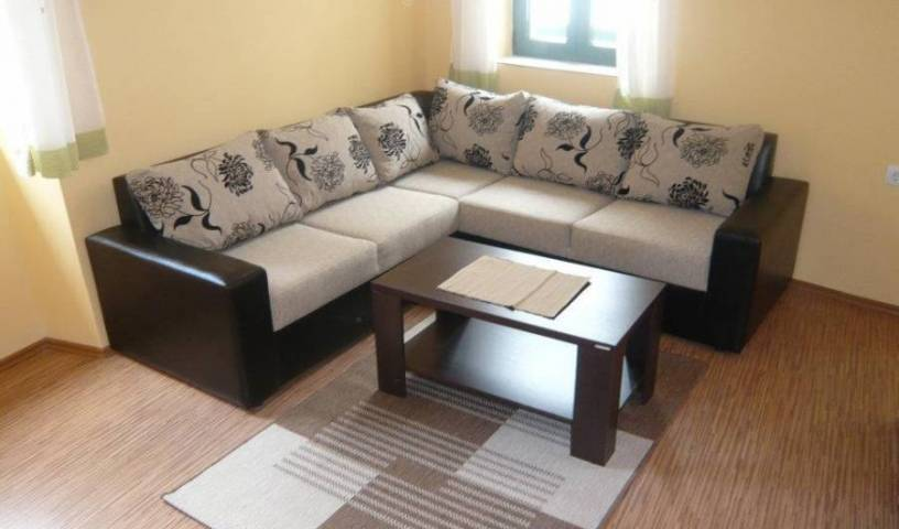 Apartmani Bozovic - Get low hotel rates and check availability in Budva, cities with the best weather, book your hotel in Budva, Montenegro 8 photos