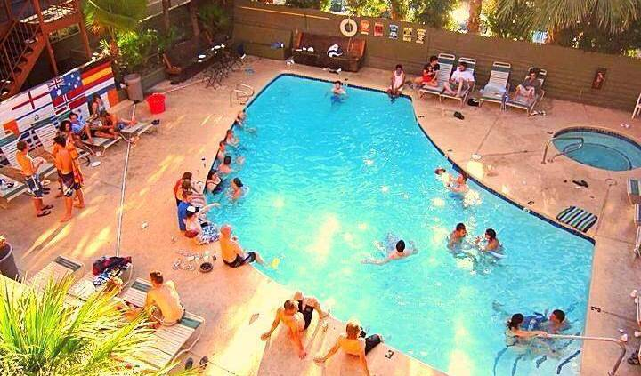 Las Vegas Hostel - Search available rooms for hotel and hostel reservations in Las Vegas 11 photos
