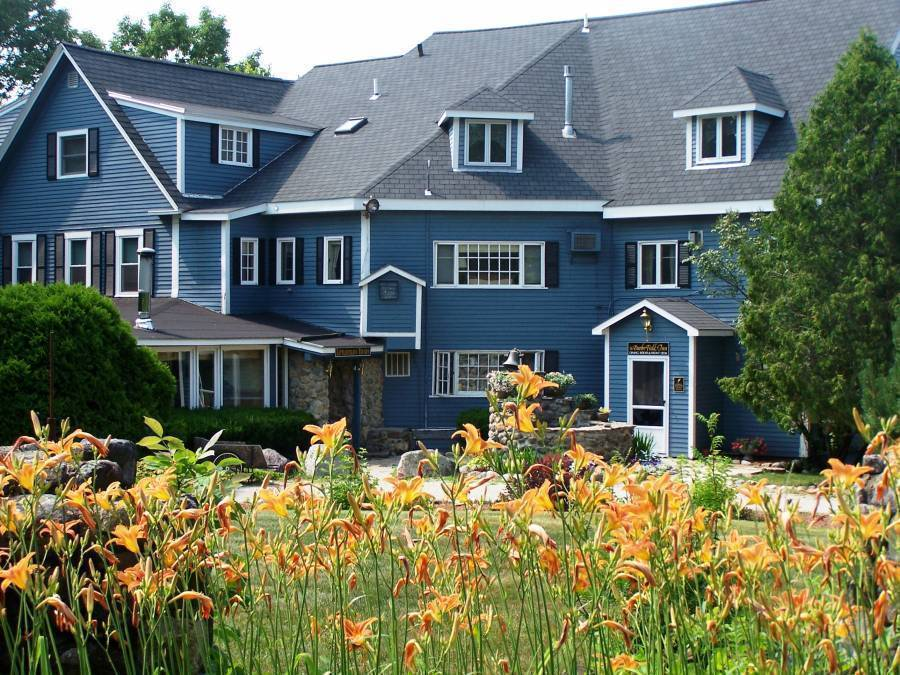 The Darby Field Inn, Albany, New Hampshire, New Hampshire hotels and hostels