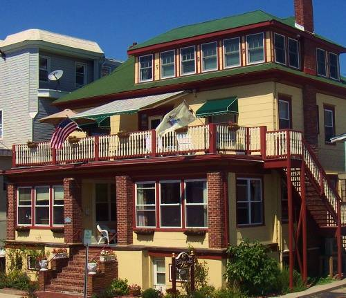 Carisbrooke Inn Bed And Breakfast, Ventnor City, New Jersey, New Jersey hotels and hostels