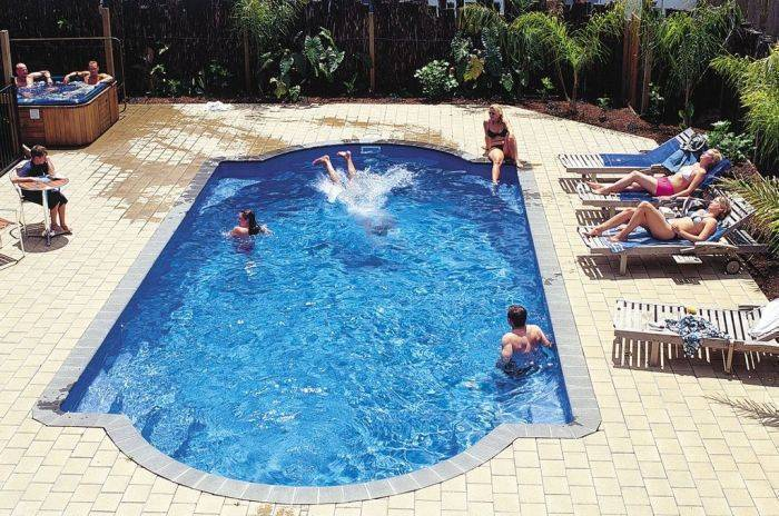 Bay Adventurer Apartments and Backpacker, Paihia, New Zealand, New Zealand hotels and hostels