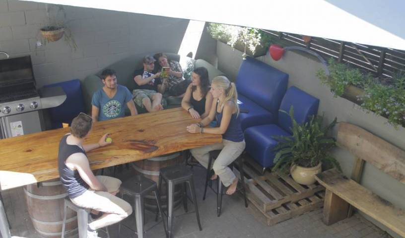 Rotorua Backpackers - Search available rooms for hotel and hostel reservations in Rotorua 8 photos