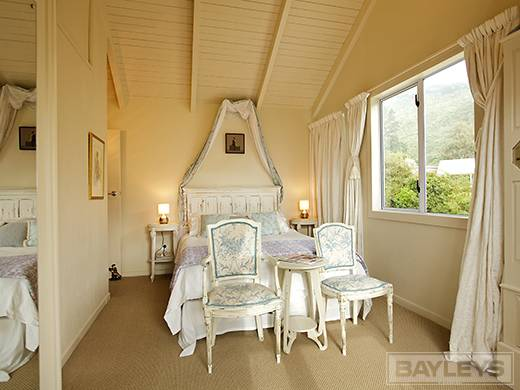 Tirimoana House Bed And Breakfast Lodge, Picton, New Zealand, no booking fees in Picton