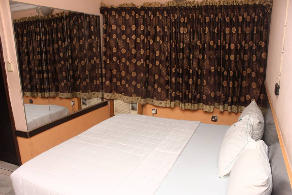 Double One Suites and Lodge, Ikeja, Nigeria, Top 20 gradova s hotelima i hosteli u Ikeja