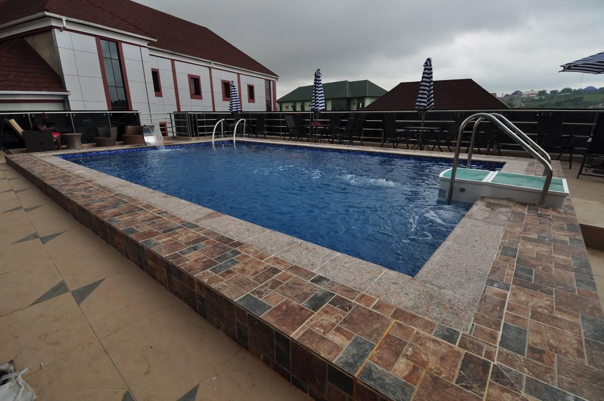 Soprom Hotel and Suites, Otuocha, Nigeria, Herberger og backpacking i Otuocha
