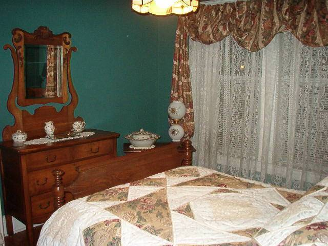 Heritage House 1914 Bed And Breakfast, Hamilton, Ontario, Ontario hotels and hostels
