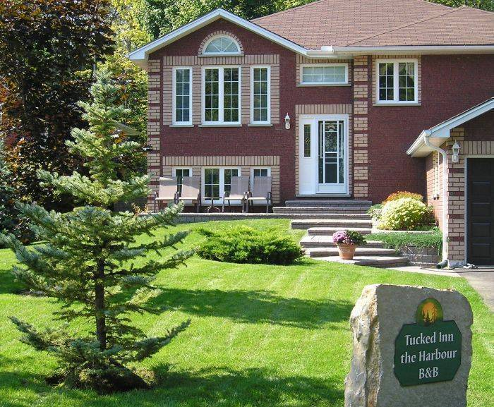Tucked Inn the Harbour Bed and Breakfast, Midland And Victoria Harbour, Ontario, Ontario hotels and hostels